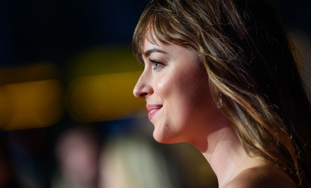 Dakota Johnson brilla en su reaparición tras los rumores de embarazo