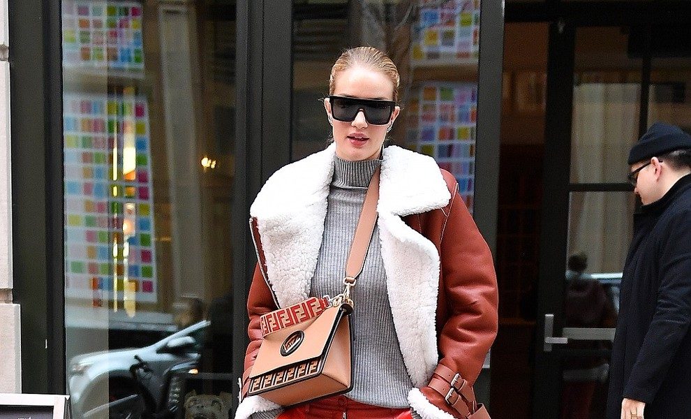 4 días, 4 perfectos looks de Rosie Huntington
